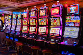 Why are online slots better than land slots?